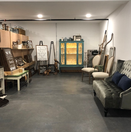 Lending Room (all included)