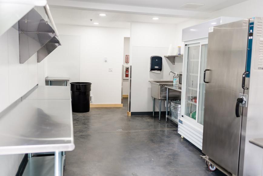 Finishing Kitchen