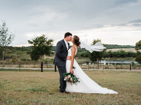 Renee + Colby's Hill Country Wedding | Geronimo Oaks | Seguin, TX