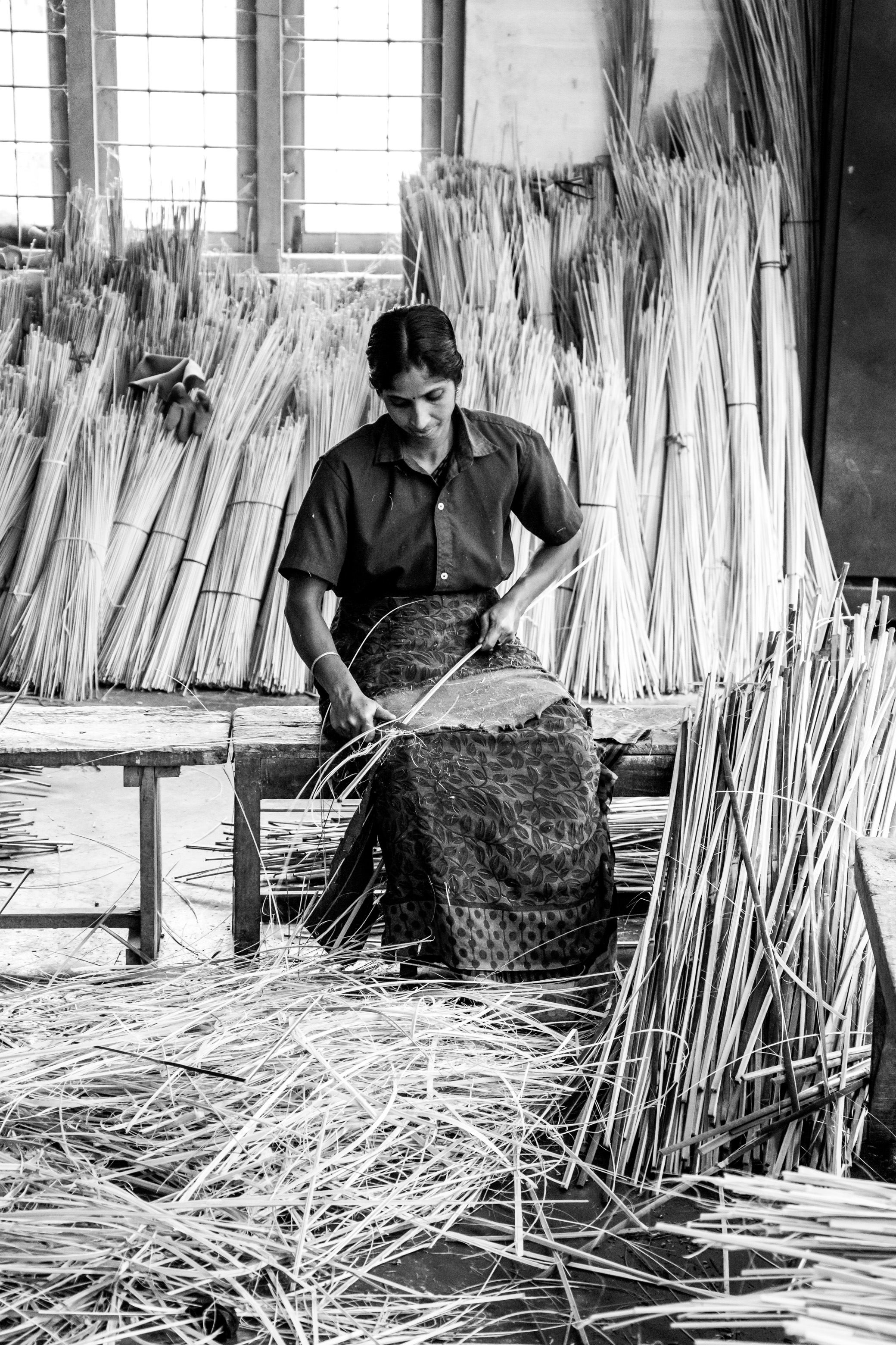 Bamboo Factory, Girl