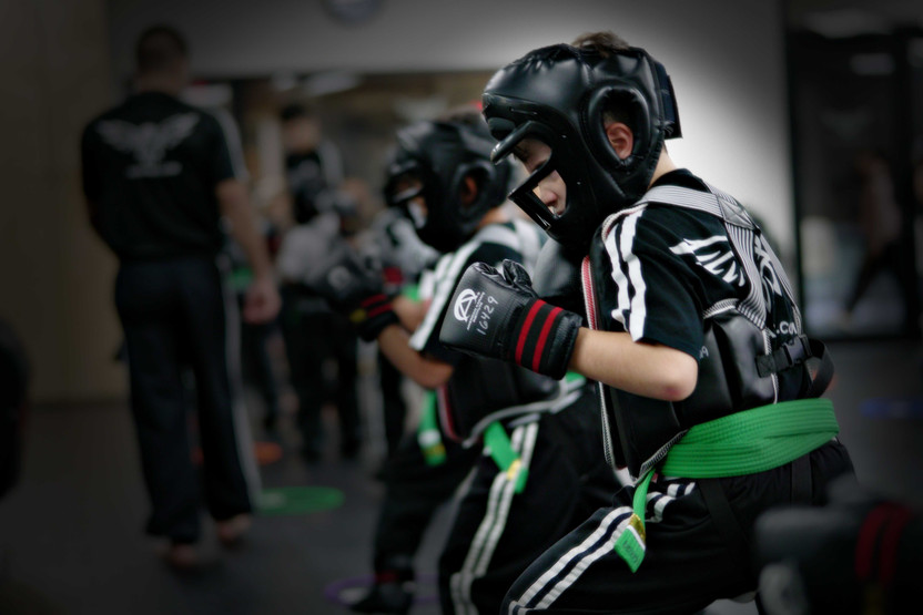 Ways MMA Classes Can Help With Anger Management