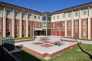 Blinn-College-Dorms-768x512.jpg