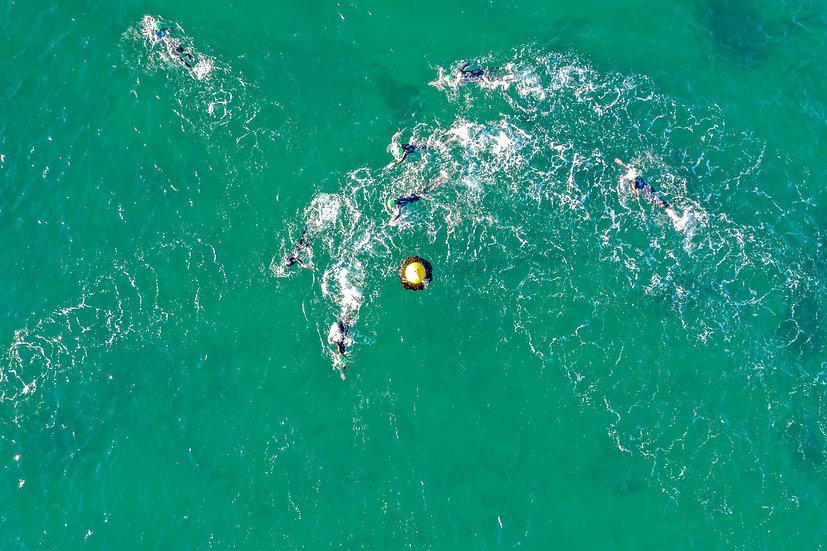 Swimmers, Mosman NSW 75 x 50cm