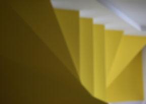 黄色の階段