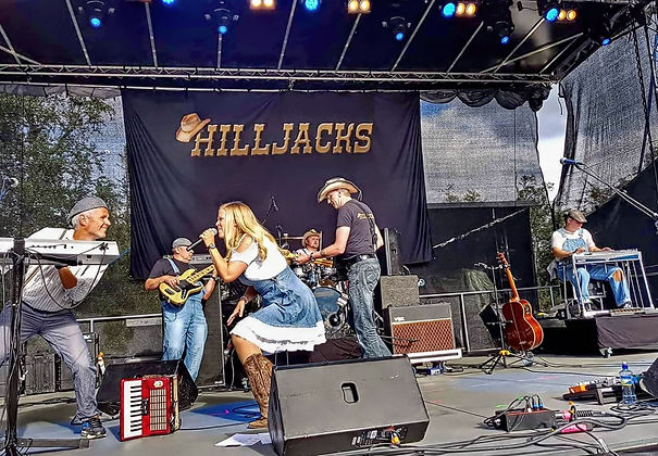 hilljacks 5.jpg