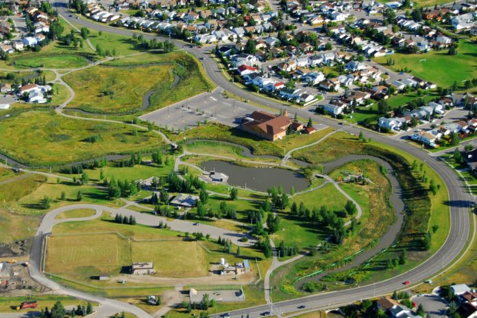 Surrounding Area Check-In: Airdrie