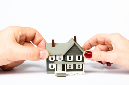 DO YOU NEED TO SELL YOUR HOUSE IN A DIVORCE?