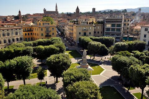 Piazza Guido Monaco.jpg