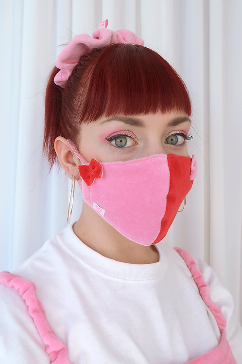 Two toned bow facemask