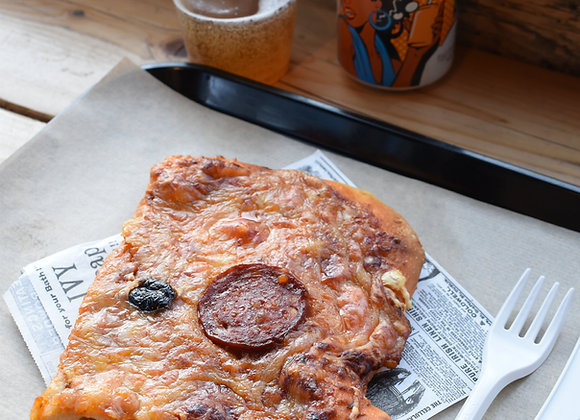 Pizza Garnie - Chorizo & Base Tomate