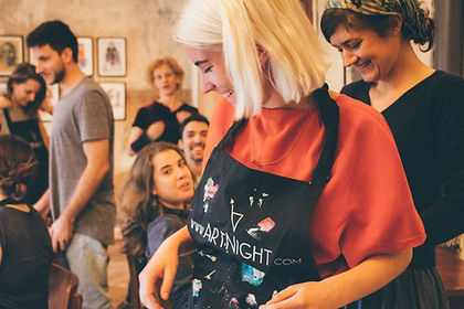 ArtNight_Event_Customer_1.jpg