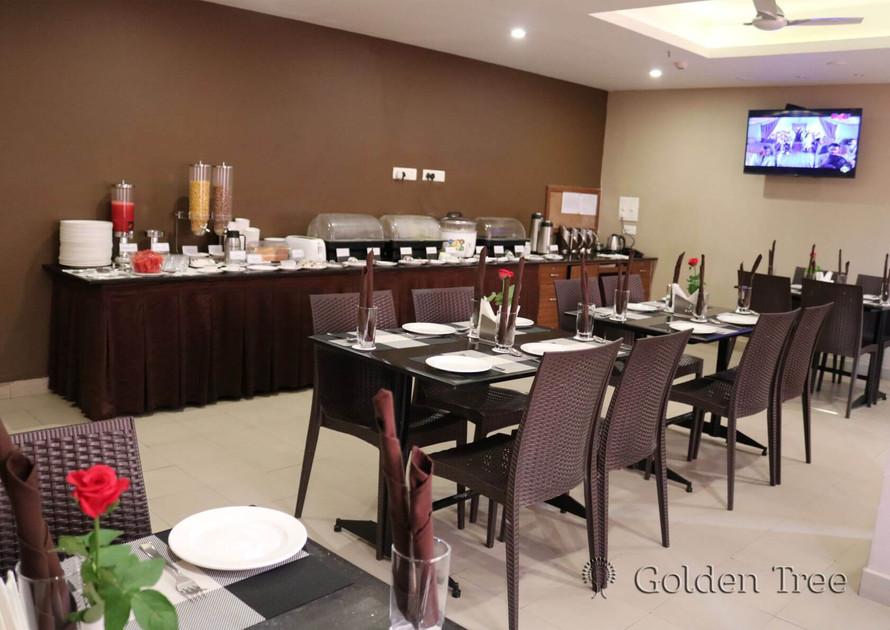 Hotel Golden Tree