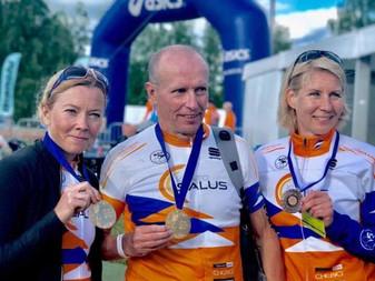 JäPyn triathlonisteille mitalisadetta Joroisten SM-puolimatkalta