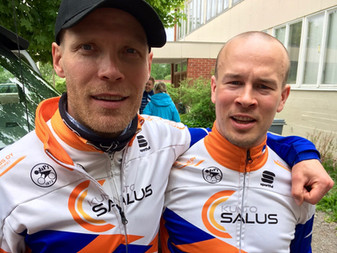 JäPy:n Mikael Turunen ja Antti Mäkelä  CAT2-cupin kaksoisvoittoon ja Seppo Aaltonen M-55 cupin voitt