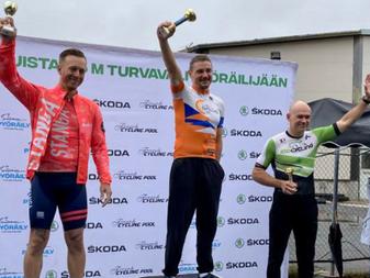 JäPy:n Mika Kariluoto ajoi KAT2 voittoon Lattomeriajossa!