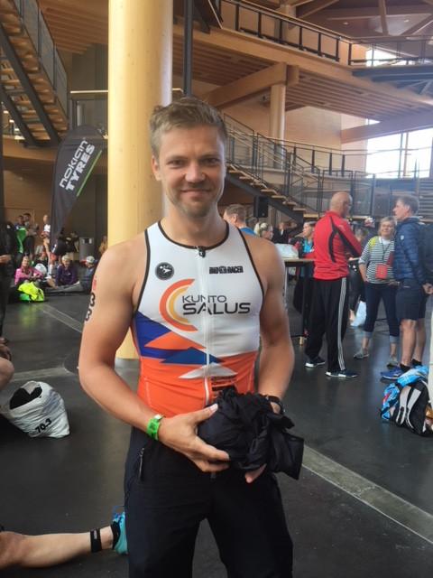 Jukka Kurunmäki mietteliäänä ennen kilpailun alkua.