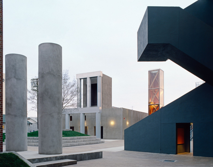 Frank Gehry #9