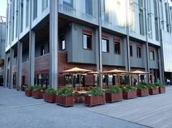 1 - Pier 17 Restaurant