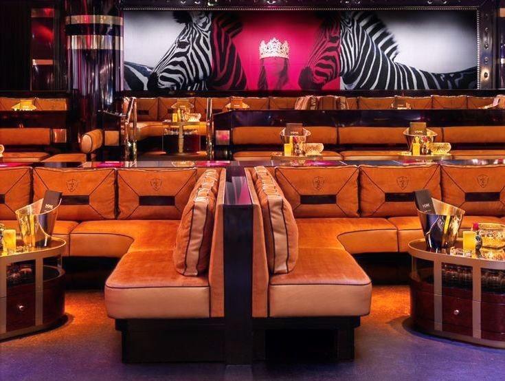 1Oak-Las-Vegas-dance-floor-table_edited.