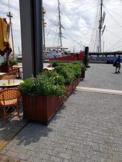 5 - Pier 17 Restaurant