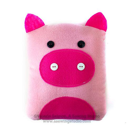 Pig Plushie Kit-To-Go