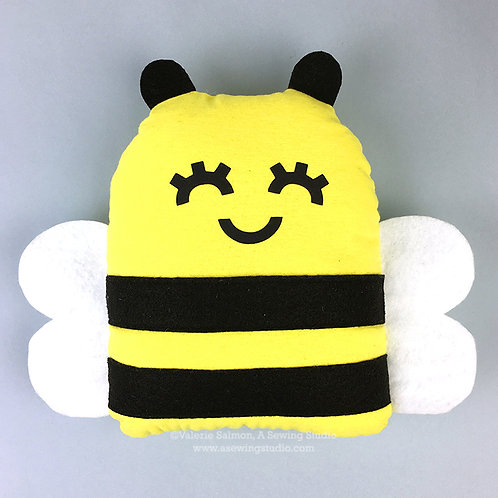 Bee Plushie Kit-To-Go