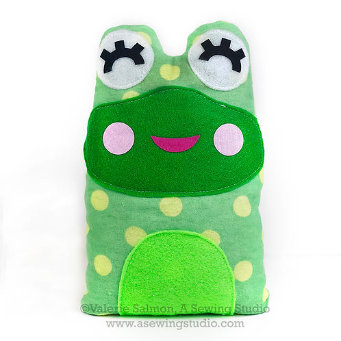 Frog Plushie Kit-To-Go