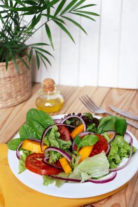 LovingHut - Salada Verde 2.png