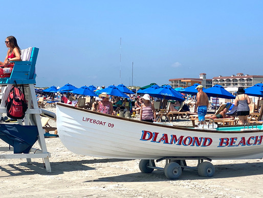 """Diamond Beach: Controversial Small """"Private"""" Beach. Who's Beach Is It Anyway?"""
