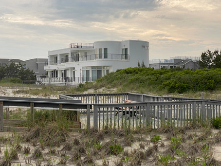Loveladies: 21st c. modern homes in private enclave. Beach info for LB Twp North