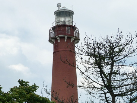 Old Barney & State Park: Iconic Lighthouse. Free, Wide Beach. Dynamic Jetty. LBI is 18 miles+++