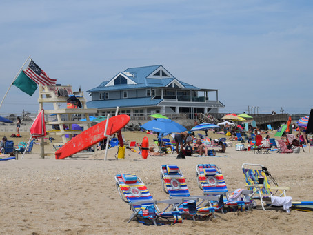 Sea Bright 2021 : Easy to Park. Plenty to Eat. Swim and Surf at First Beach Town of Jersey Shore.