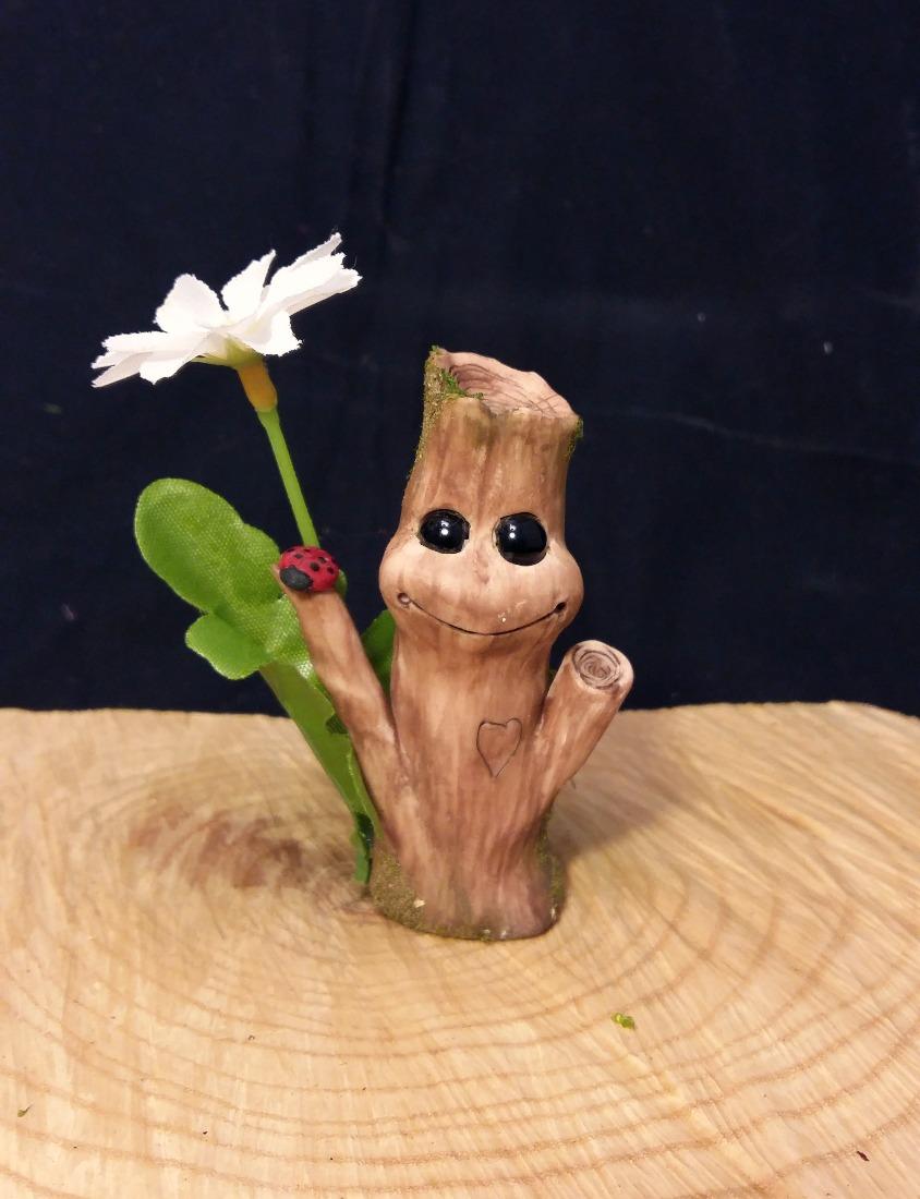 Happy Lil Treeple