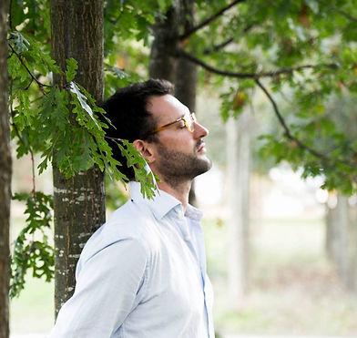 Julien dans les arbres_edited.jpg