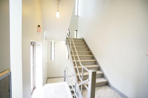m-backstair
