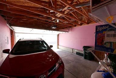 8-garage.JPG