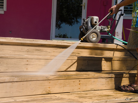 How to Choose Pressure Washing Services for Your Business
