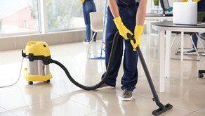 Why Hiring a Commercial Cleaning Service Company is Essential