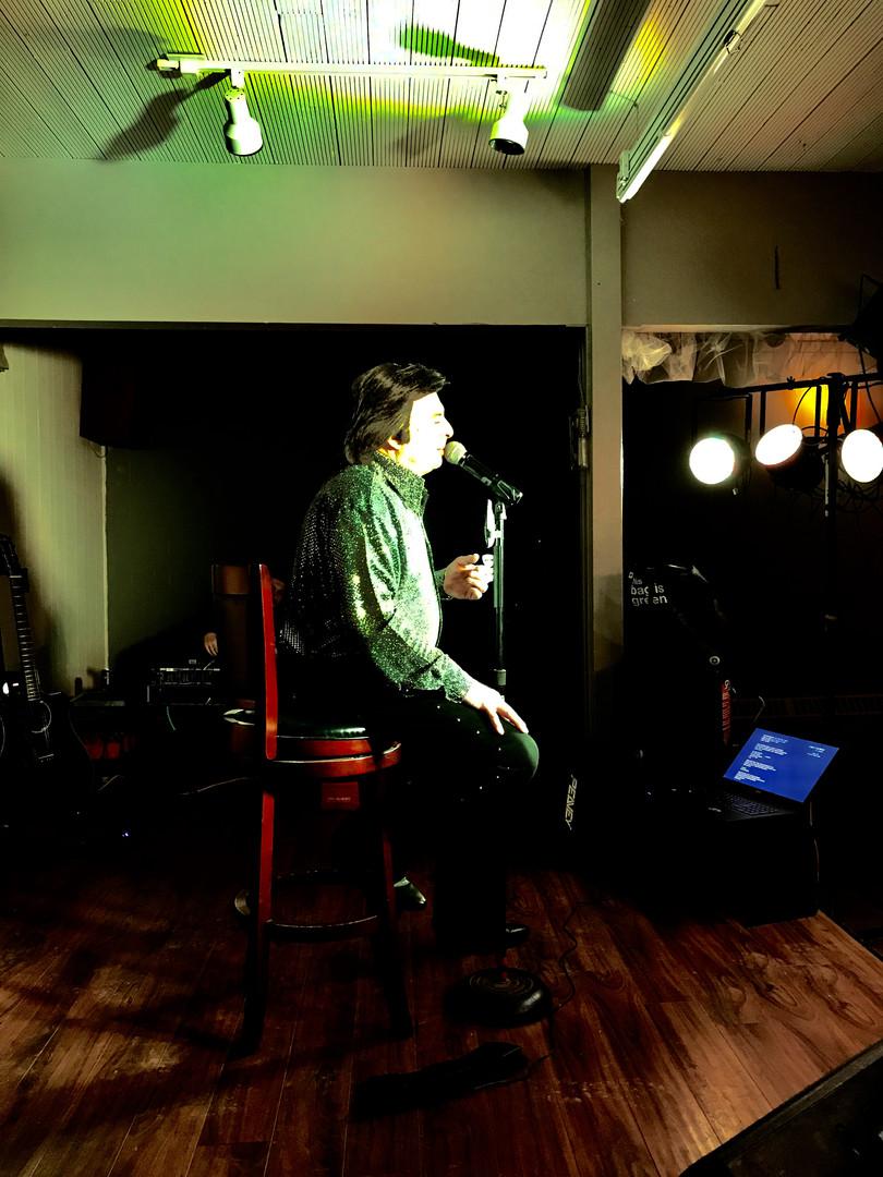Jason Scott Entertains