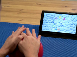 2 hands movement with presing to regain and preserve hands function