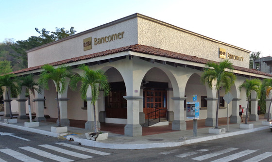 A Former Banker Prefers Huatulco Over Other Tropical Locations