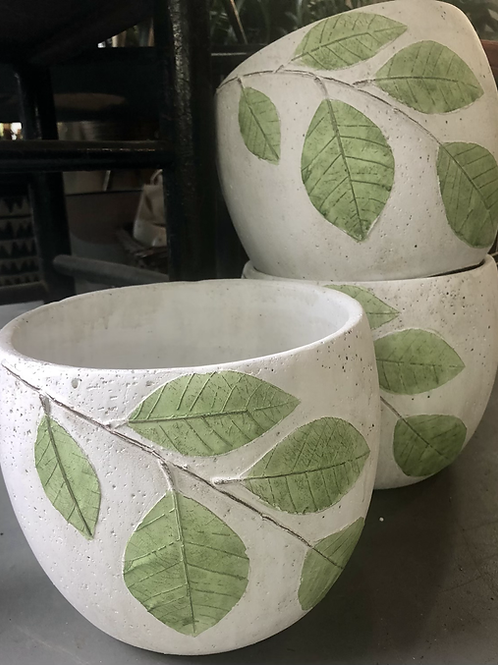 Linden Leaf Pot