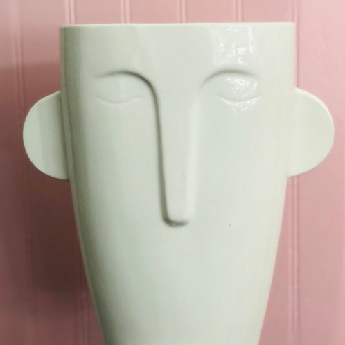 Tapered Mask Pot