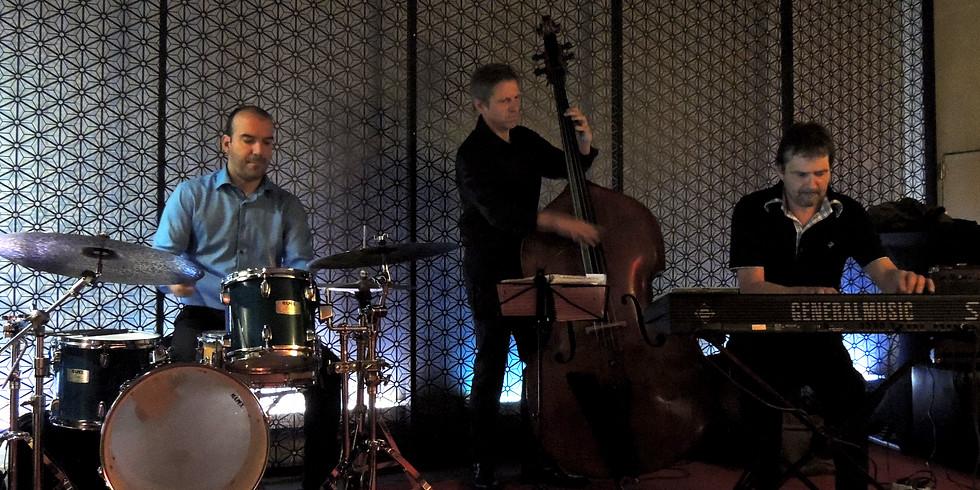 Jazz Jam session at cafe Familia