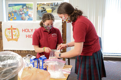 girls science experiment