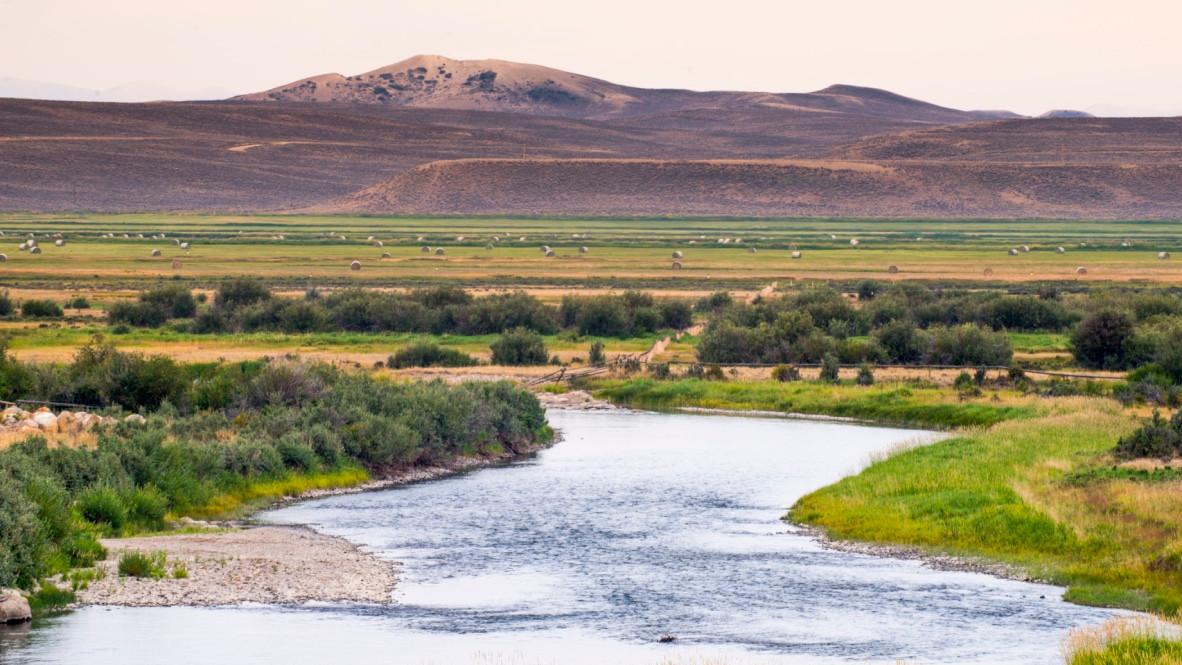 thumb_Green_River_Landscape_1_1024.jpg