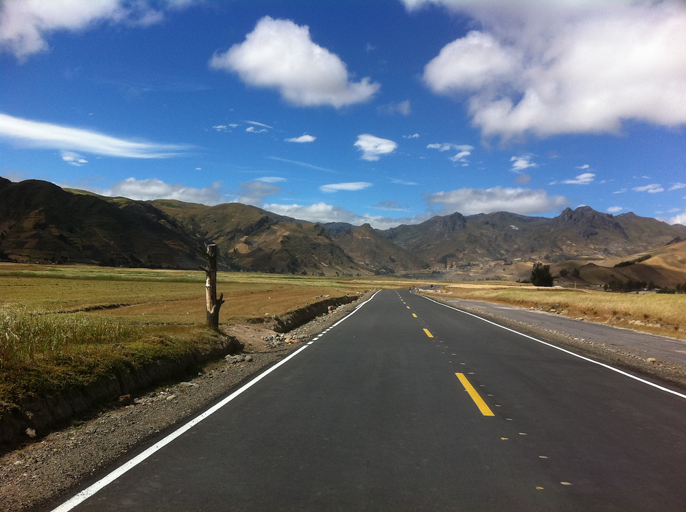 road-to-quilotoa.jpg