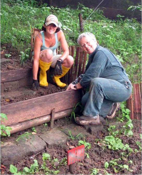 Volunteer in garden.jpg