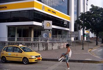 Doing Business in Ecuador - Bank and Entrepreneur