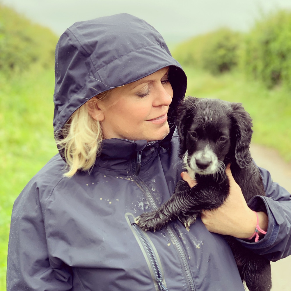"<img src=""woman and a puppy.jpg"" alt=""Dr Sophie Bell with a puppy"">"